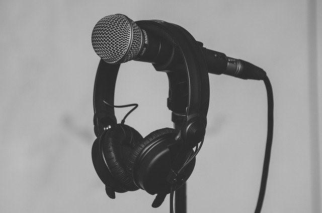 Cómo minimizar el efecto de resonancia acústica en tu estudio